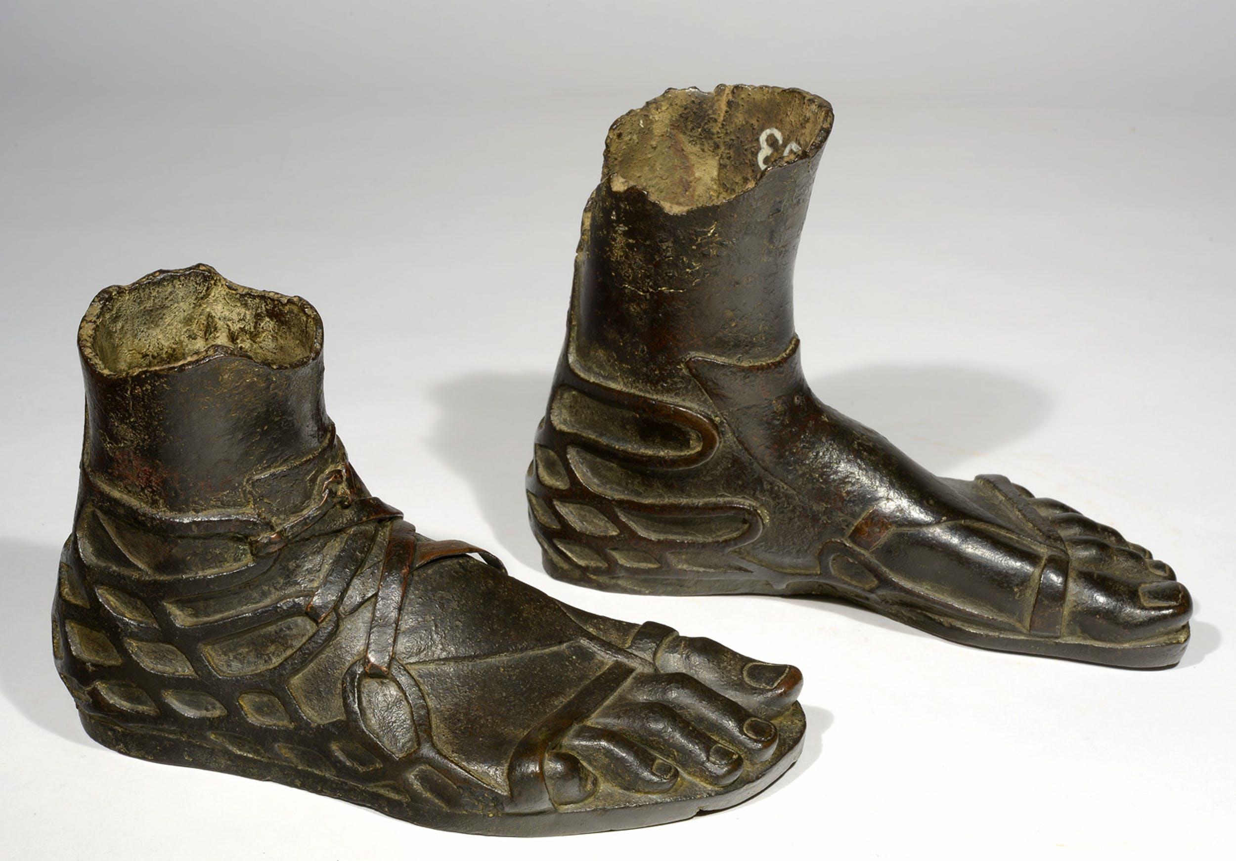 """Giovedì 6 e venerdì 7 febbraio – Mostra """"Ai piedi degli dei. L'arte della calzatura tra antica Roma, cinema colossal e moda contemporanea"""""""